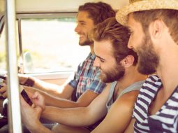 Viagem de carro: 3 dicas para garantir a segurança na estrada